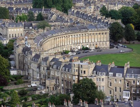 1280px-Royal.crescent.aerial.bath.arp