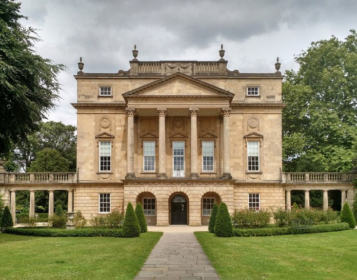 1280px-The_Holburne_Museum,_July_2016
