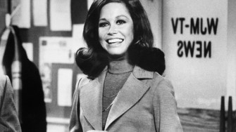 mom mary tyler moore lead_960_540